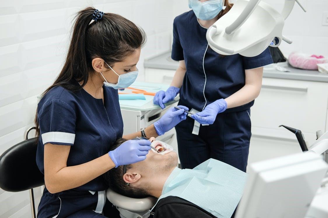 Dentist West Hills CA