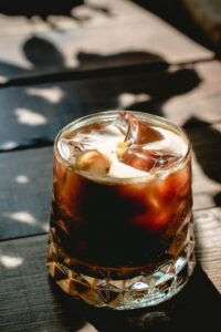 a glass of carbonated drink