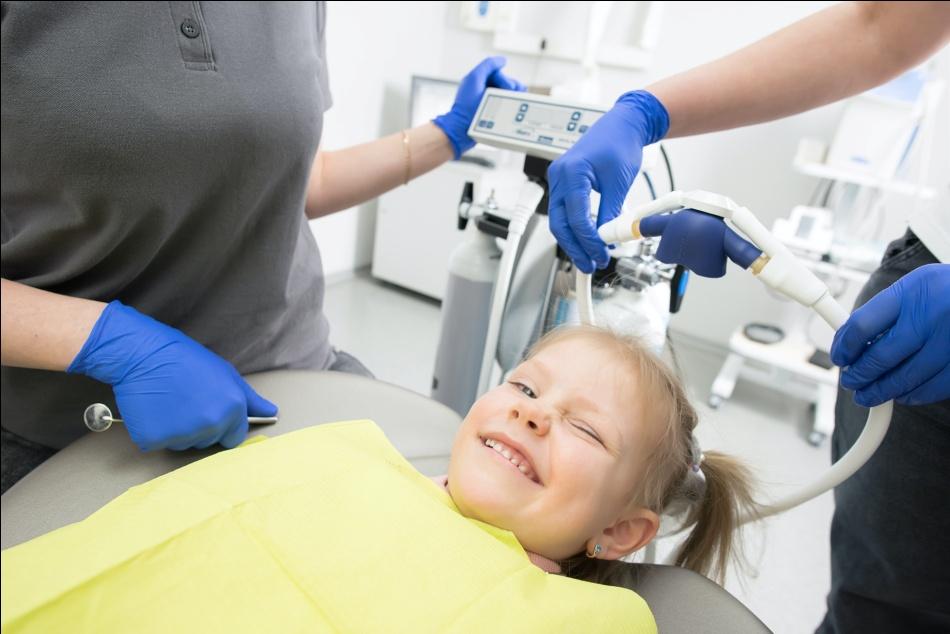 pediatric dentist west hills